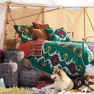 Anthropologie Dalian Collection Twin Quilt&2 Shams